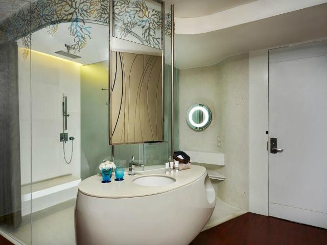 パタヤのホテル バラクーダ パタヤ Mギャラリー バイ ソフィテル (BARAQUDA PATTAYA – MGALLERY BY SOFITEL) パタヤ中心部