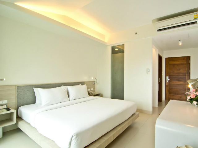 パタヤのホテル サンシャイン ホテル&レジデンス (Sunshine Hotel & Residences) パタヤビーチロード