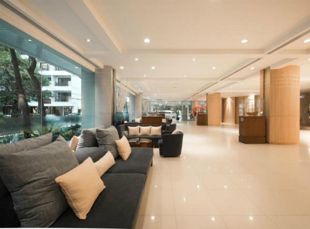 パタヤのホテル エーワン ザ ロイヤル クルーズ ホテル パタヤ (A-One The Royal Cruise Hotel Pattaya) パタヤビーチロード