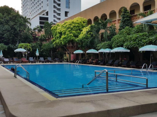 パタヤのホテル サバイ イン (Sabai Inn) パタヤビーチロード