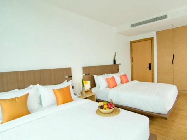 パタヤのホテル セヴン ジー チック ホテル (Seven Zea Chic Hotel) パタヤビーチロード