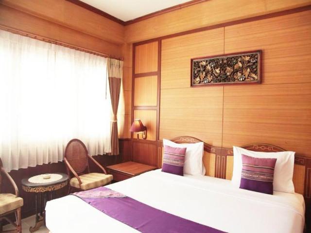 パタヤのホテル サバイ ロッジ (Sabai Lodge Hotel) パタヤ北部