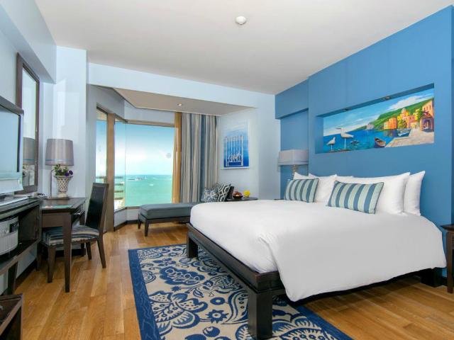パタヤのホテル ザ ベイビュー ホテル パタヤ (The Bayview Hotel Pattaya) パタヤビーチロード