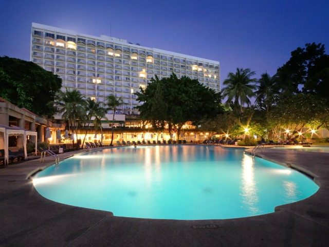 パタヤのホテル インペリアル パタヤ ホテル (Imperial Pattaya Hotel) パタヤビーチロード
