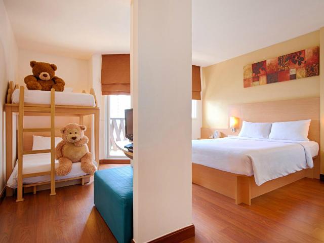 パタヤのホテル イビス パタヤ (Ibis Pattaya Hotel) パタヤビーチロード