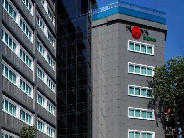 パタヤのホテル ノヴァ エクスプレス パタヤ ホテル (Nova Express Pattaya Hotel) パタヤ中心部