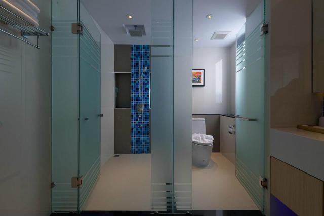 パタヤのホテル ディープ ブルー Z10 (Deep Blue Z10) パタヤビーチロード