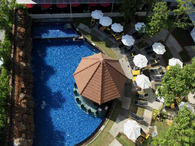 パタヤのホテル センタラ パタヤ ホテル (Centara Pattaya Hotel) パタヤ中心部