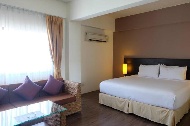 パタヤのホテル ベイ ブリーズ ホテル パタヤ (Bay Breeze Hotel Pattaya) パタヤ中心部