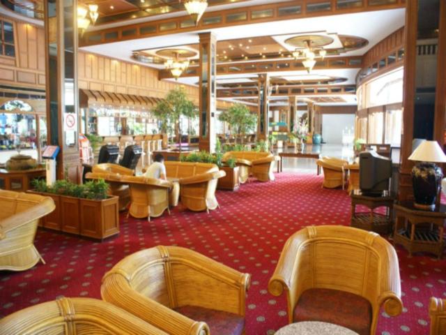 パタヤのホテル ロイヤル ツインズ ホテル (Royal Twins Hotel) パタヤ中心部