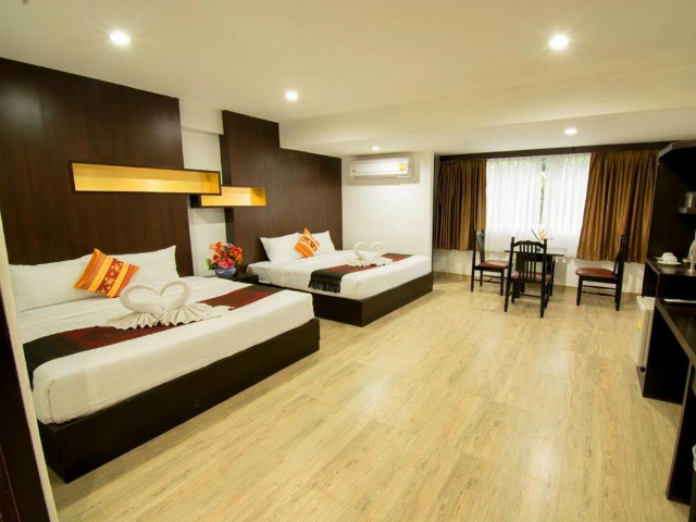 パタヤのホテル ボス スイーツ パタヤ (Boss Suites Pattaya) パタヤ中心部