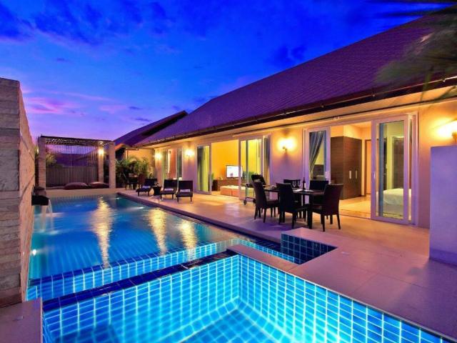 パタヤのホテル ザ ヴィレ ジョムティエン プール ヴィラ (The Ville Jomtien Pool Villa) パタヤ北部