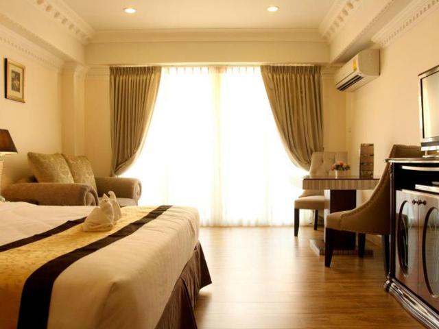 パタヤのホテル LK ローヤル スイート ホテル (LK Royal Suite Hotel) パタヤ中心