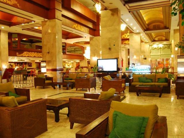 パタヤのホテル パタヤ センター ホテル (Pattaya Centre Hotel) パタヤビーチロード