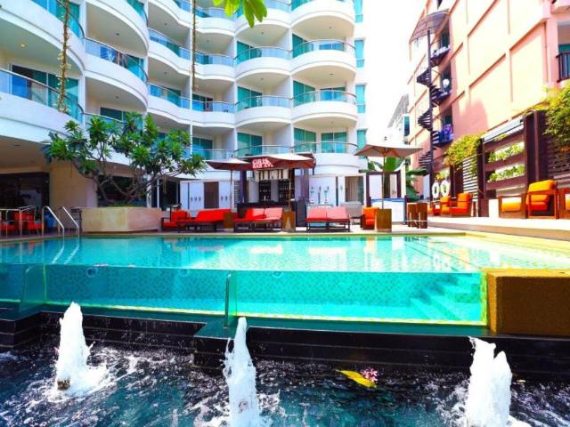 パタヤのホテル パタヤ シー ビュー ホテル (Pattaya Sea View Hotel) パタヤビーチロード