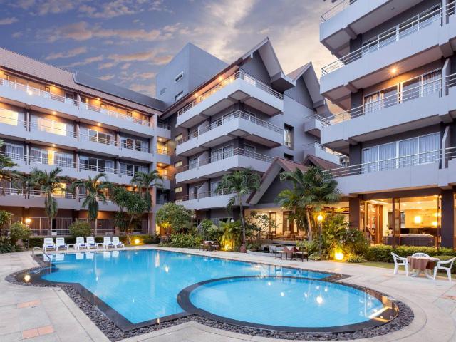 パタヤのホテル ザ ホリデー リゾート (The Holiday Resort) パタヤ中心