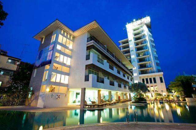 パタヤのホテル パッタヤー ディスカバリー チック タワー ビーチ ホテル (Pattaya Discovery Chic Tower Beach Hotel) パタヤビーチロード