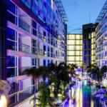パタヤのホテル センタラ アズール ホテル パタヤ (Centara Azure Hotel Pattaya) パタヤ中心部